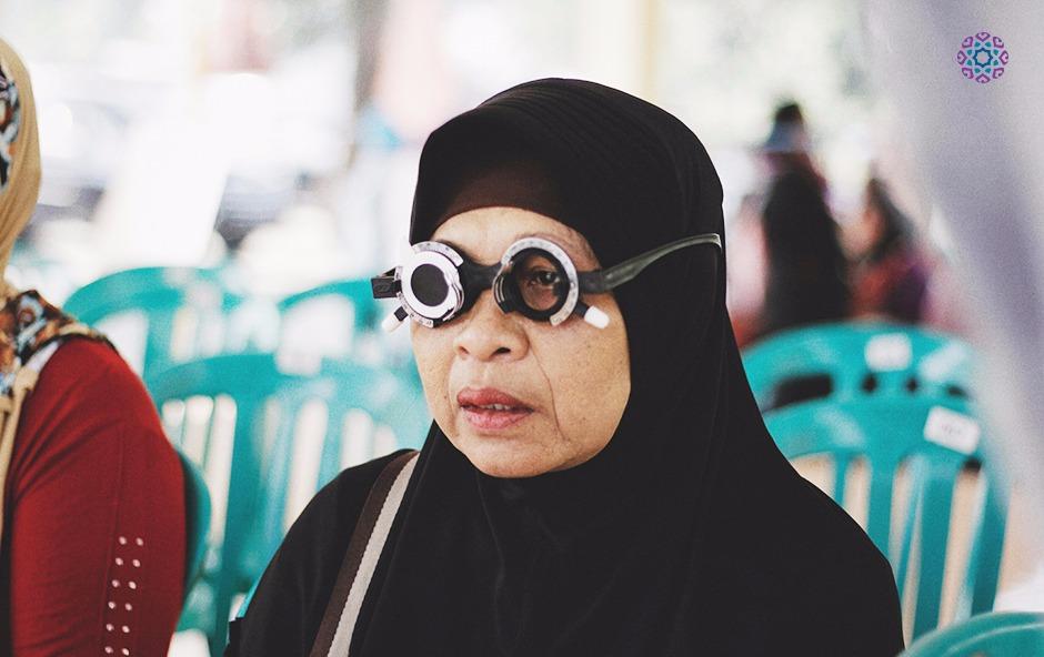 Program Pemeriksaan Mata Gratis oleh Amartha