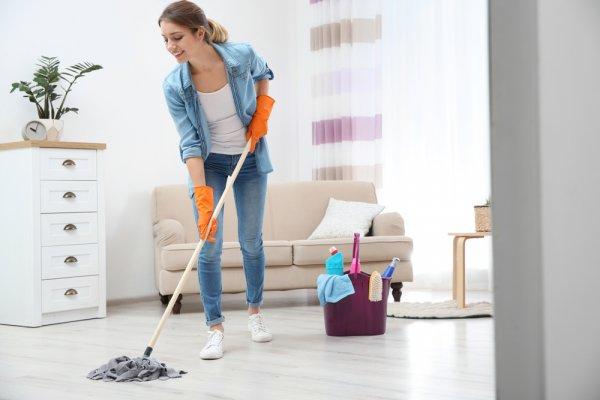 Jaga Jadwal Pembersihan Rumah